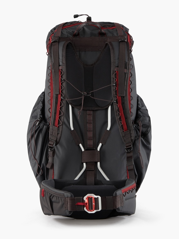 Klättermusen Raido Backpack 38L – Raven – 38L